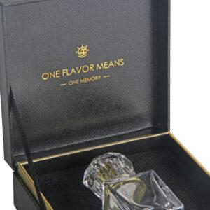 香水・化粧品ボトルを入れる化粧箱の制作事例
